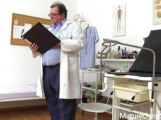 Dripped hidden web camera movie of nude juvenile mommy in gyno office