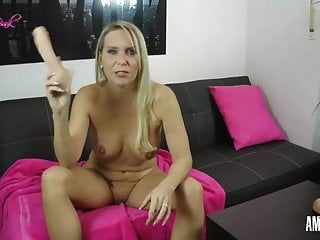 Juliapink: ripped my milf booty