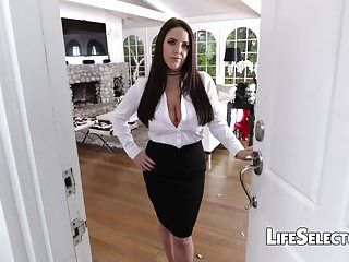 Breasty milf angela white enjoys foot fetish with her cotenant