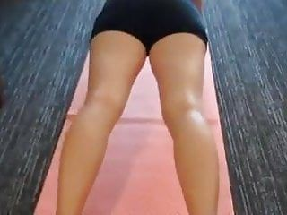 Undressed yoga with mommy leads to a creampie