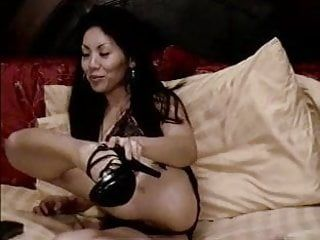 Oriental milf masturbates on livecam