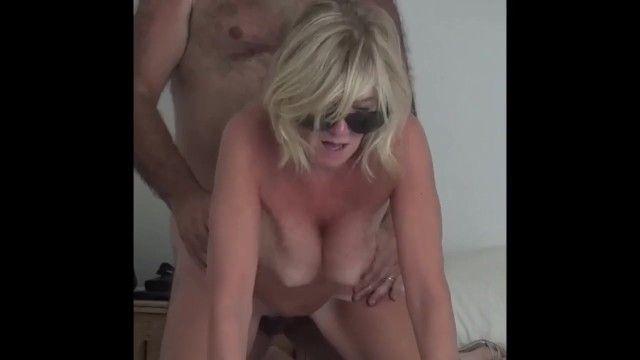 Foda anal para grande o breasty dilettante finlandês mamãe de huoria.eu