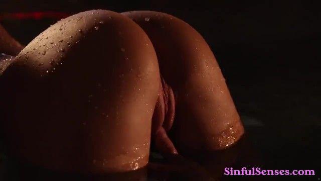 Hawt milf chick enjoys romantic sex in the spa pool