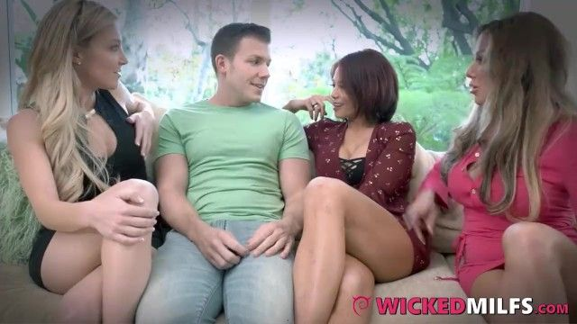 Excited stepmom allies share bewildered sons knob for joy