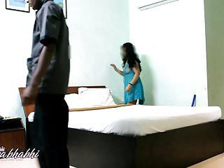 Mona indian bhabhi teasing youthful room service guy in natures garb