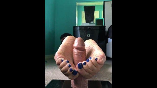 Deedee fj sex tool play